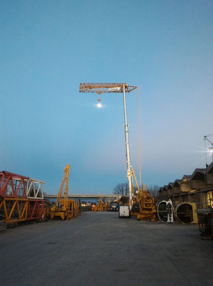 POTAIN HUP 32 27 CRANE MOON